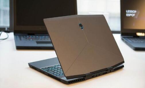 Alienware M15笔记本u盘重装系统win7教程